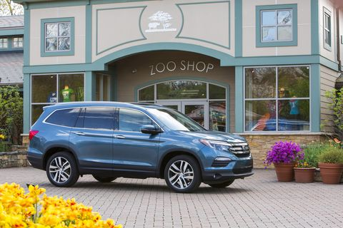 The 2018 Honda Pilot is a three-row crossover with 3.5-liter V6 power.