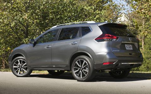 The 2018 Nissan Rogue SL has a 2.5-liter I4 producing 170 hp and 175 lb-ft of torque.