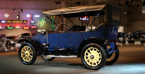 The 1912 Cadillac Model 30: Self-starter equipped.