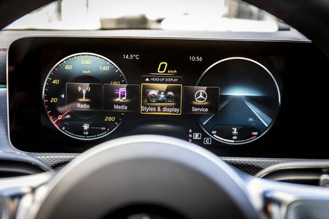 The many options on display of the new 2020 Mercedes-Benz CLA 250 instrument panel screen