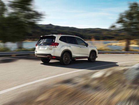 Subaru rolls out the 2019 Forester at the New York auto show with standard safety tech, new engine and even more cabin space.