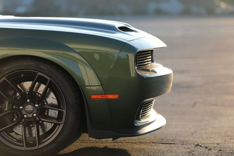 """R/T Scat Pack Widebody rides on sticky 305/35ZR20 Pirelli tires mounted to 20 x 11-inch forged """"Devil's Rim"""" aluminum wheels"""