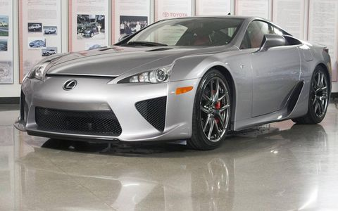 Mallady's other LFA is light silver. Over 3 years his cars have gotten darker.