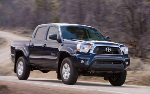 The 2012 Toyota Tacoma Access makes towing a seamless operation with the V6 towing package.