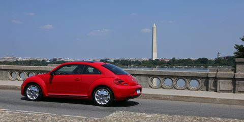 The 2015 Volkswagen Beetle 1.8T comes in at a base price of $27,015.