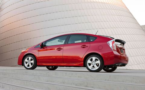 A fresh design and high fuel economy fulfill the promise of hybrids.