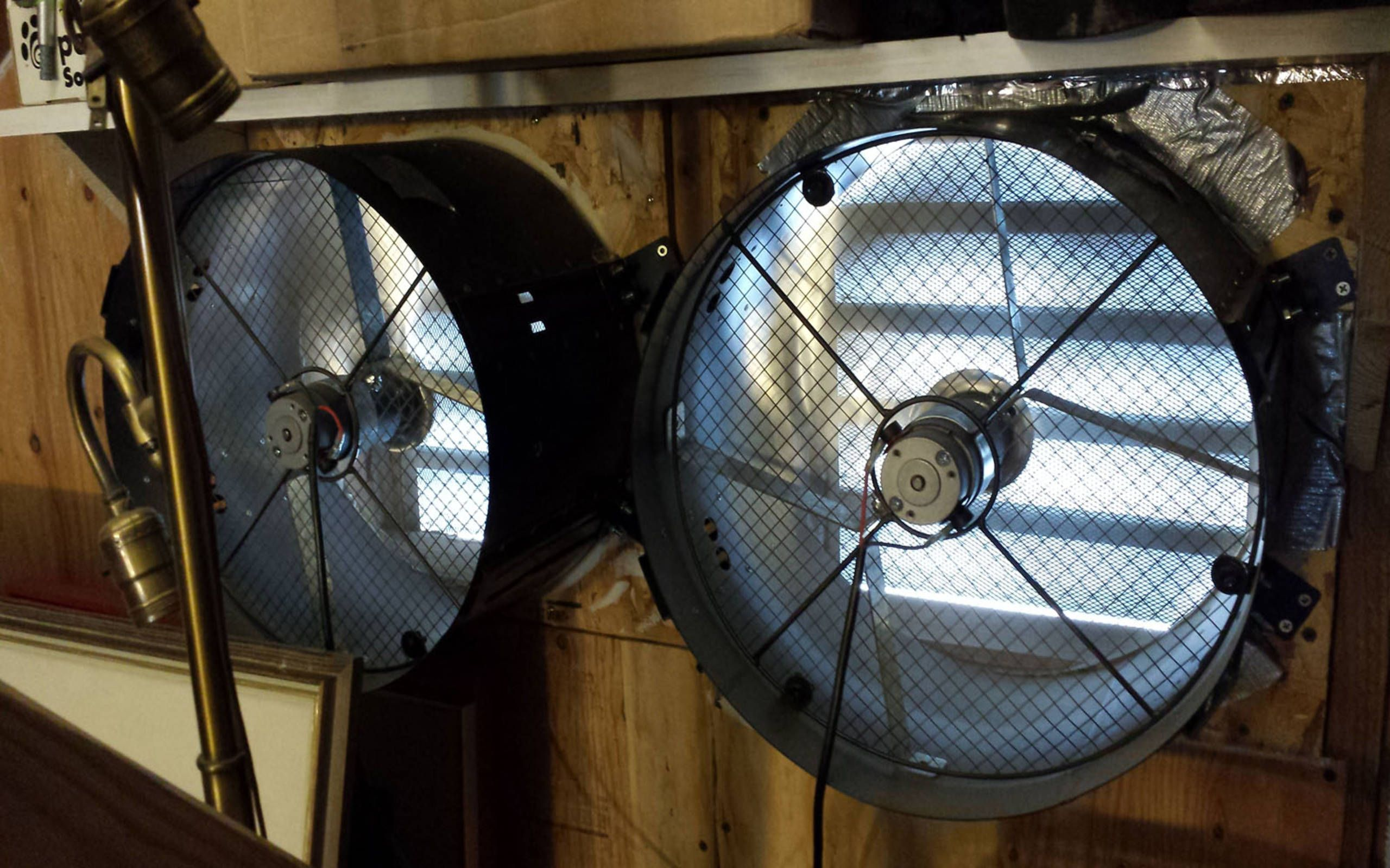 Using Cheap Junkyard Car Parts To Make A Solar Powered Attic Ventilator