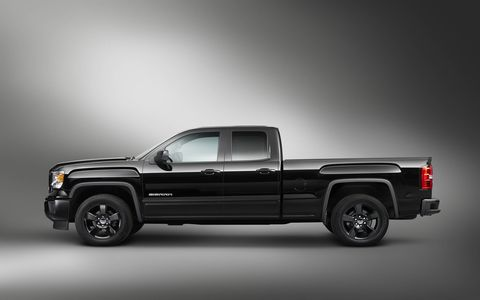 All Sierra Elevation Edition models are equipped with remote keyless entry, power mirrors, a 110-volt AC power outlet, and LED cargo box lighting.