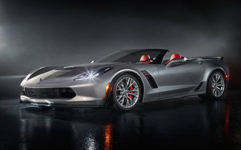 With 650 hp and 650 lb-ft of torque, the Corvette Z06 convertible is a true American supercar that can take on the best in the world.