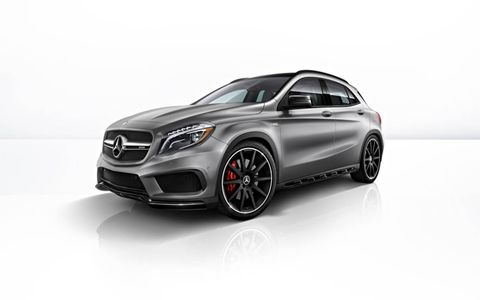The GLA45 AMG impresses with its equally sporty and efficient drive system concept.