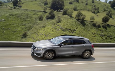 The 2015 GLA is the first Mercedes-Benz SUV to be available with the new- generation all-wheel drive system 4MATIC, with fully variable torque distribution.