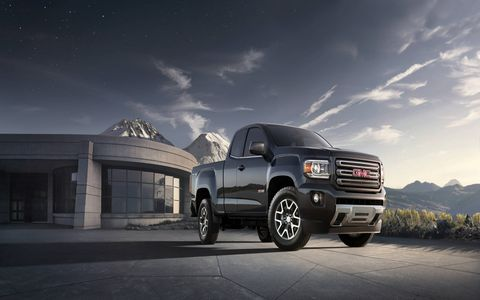 Our 2015 GMC Canyon Extended Cab had a manual transmission.