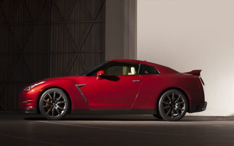 The 2015 Nissan GT-R Premium is equipped with a 3.8-liter twin-turbocharged V6 that pushes out 545 hp with 463 lb-ft of torque.