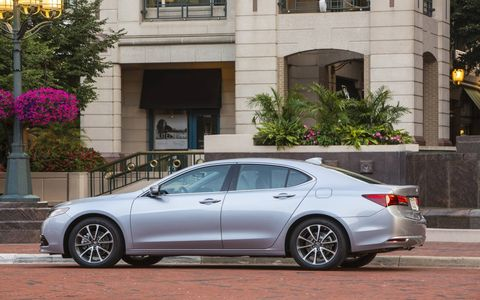 The all-wheel drive system in the 2015 Acura TLX SH-AWD Advance delivers spectacular road holding.