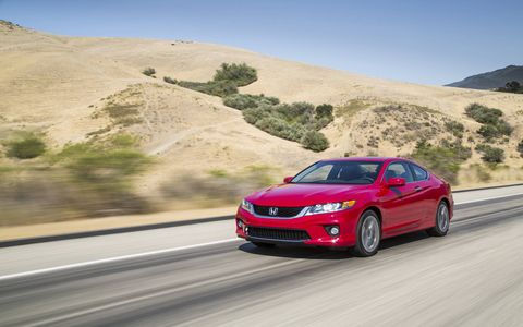 Torque steer in the 2015 Honda Accord EX-L Navi Coupe is a handful when putting the power to the pavement.
