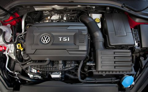 The 2015 Volkswagen Golf GTI SE 4-Door is equipped with a 2.0-liter turbocharged I4 that pushes out 210 hp with 258 lb-ft of torque.