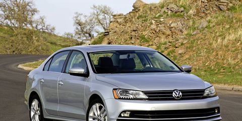 The 2015 Volkswagen Jetta is redefined and redesigned, bringing with it a fresh new face and some important updates underneath.