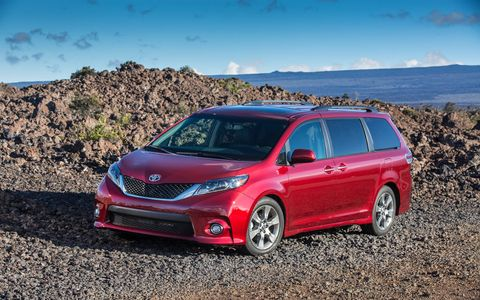 Looking like a sport sedan that morphed into a family van, the Sienna SE Premium offers a lowered, sport-tuned suspension and 19-inch wheels, for sharper handling agility.
