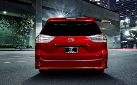 The side skirt body elements and smoke-look sport trim help make the Sienna SE look even lower, while new, lower-profile headlights with LED daytime running lamps complement the muscular style.