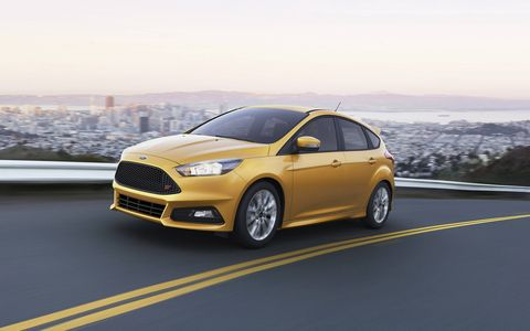 The new Focus ST features sportier and more aggressive styling than the previous generation, with a lower, wider stance; new dynamically sculpted hood; slimmer headlamps and rectangular fog lamps.