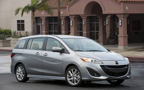 The 2015 Mazda 5 offers a high level of performance and stability, as well as a high level of safety features.