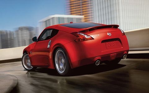 The 2016 Nissan 370Z comes standard with a 332-horsepower 3.7-liter DOHC V6 engine, but you have the choice of a six-speed manual transmission or a seven-speed automatic transmission.