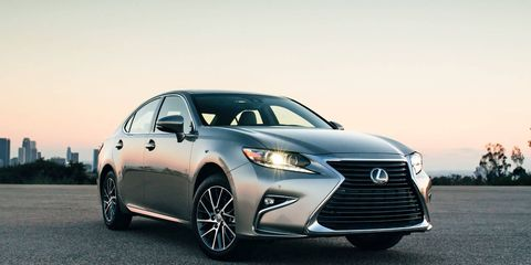 """The Lexus ES will feature a revised version of the brand's """"spindle"""" grille for 2016."""