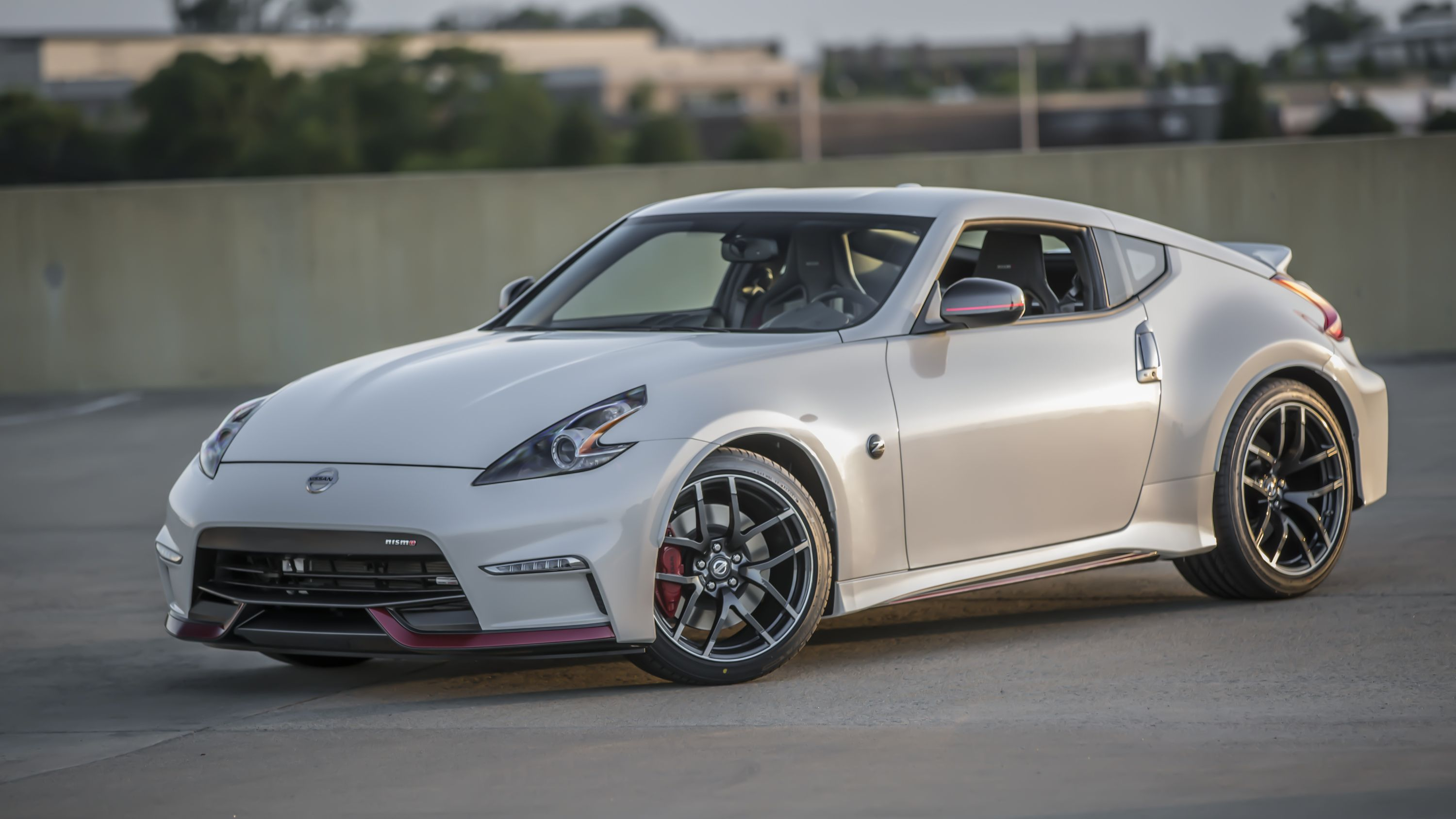 2016 Nissan 370z Nismo Tech Review