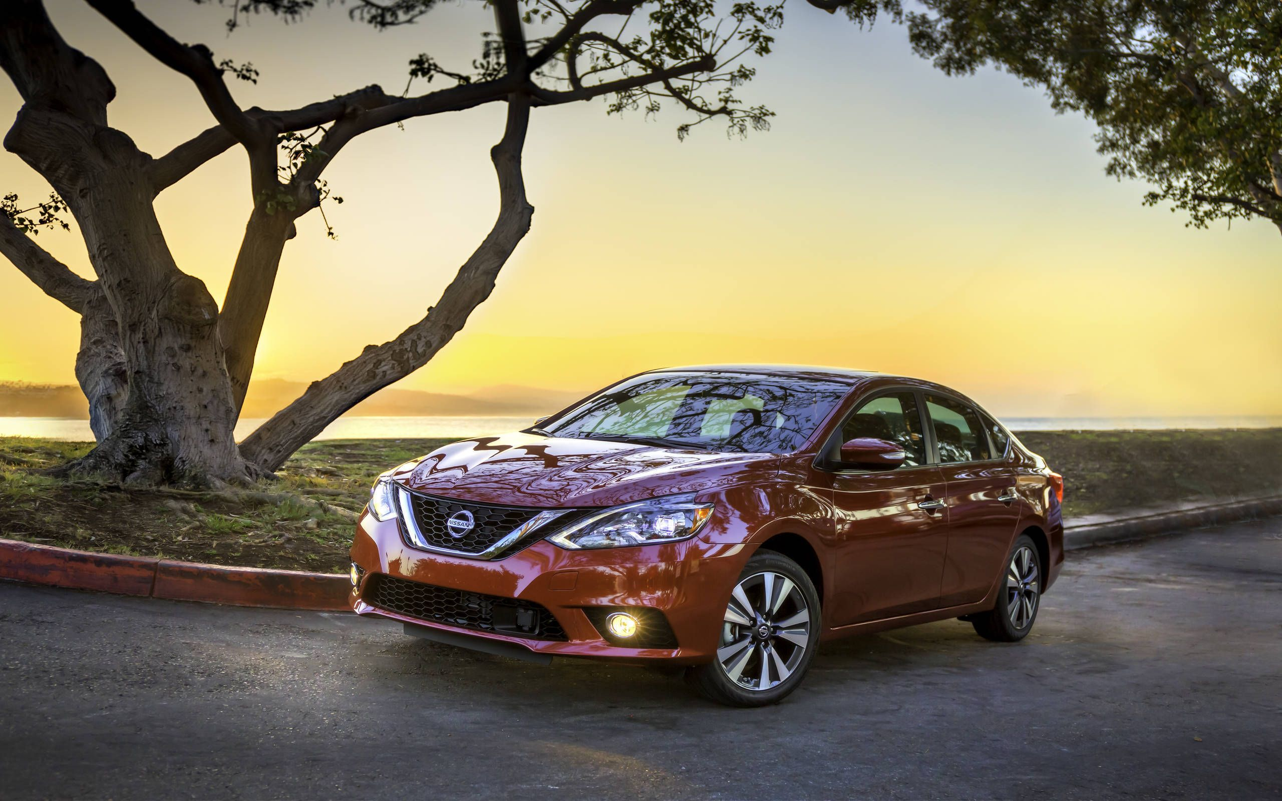 2016 Nissan Sentra Scales Up Style For The La Auto Show Compare sentra to other nissan models and find the nissan suited to your needs. 2016 nissan sentra scales up style for