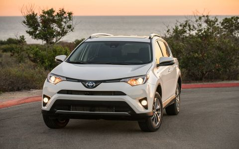 With a combined 194 hp from the 2.5-liter engine and the electric motors, the Rav4 also delivers 152 lb-ft of torque.
