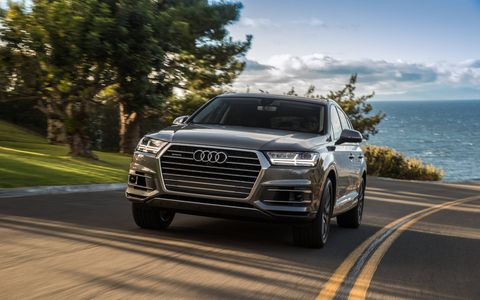 The 2018 Audi Q7 comes with either a 2.0-liter turbocharged four or a 3.0-liter supercharged V6.