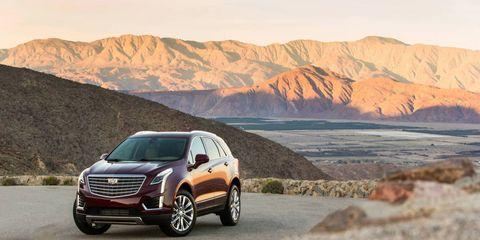 Tire, Wheel, Vehicle, Mountainous landforms, Rim, Automotive design, Spoke, Alloy wheel, Landscape, Car,