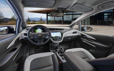 """Floating"" instrument panel and multipurpose, connected center console – offers wireless phone charging and a compartment large enough to stow a tablet device."