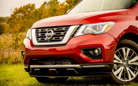 The Pathfinder has been refreshed for 2017, and is powered by a 3.5-liter V6 producing 284 hp and 259 lb-ft of torque.