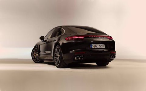 Leaked images of the new 2017 Porsche Panamera.