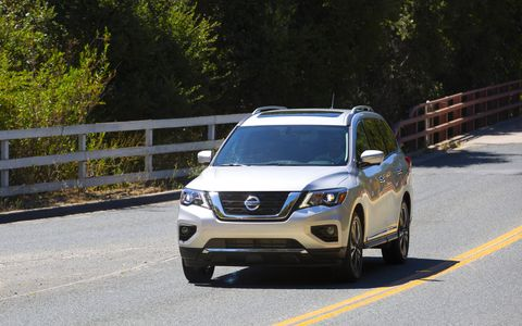 The 2017 Nissan Pathfinder has a 3.5-liter DOHC V6 making 284 hp and 259 lb-ft of torque.