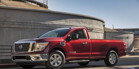 The 2017 Nissan Titan SV sports a 5.6-liter V8 with 390 hp and 394 lb-ft of torque.