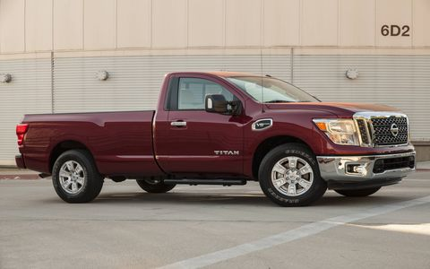 The 2017 Nissan Titan SV sports a 5.6 liter V8 with 390 hp and 394 lb-ft of torque.