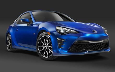 Check out the 2017 Toyota 86 sporting new design elements throughout.
