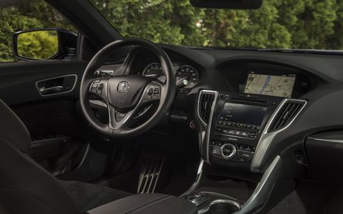 The 2018 TLX is the first Acura to feature a refreshed dual-screen user On Demand Multi-Use Display interface that supports Apple CarPlay, Android Auto and Sirius XM 2.0.