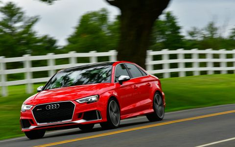 The RS 3 features a more aggressive and sport focused exterior design including wider front fenders, Matte Alu-optic exterior styling package including matte Alu-optic exterior mirror housings, front blade, rear diffusor and Singleframe grille surround with quattro script.