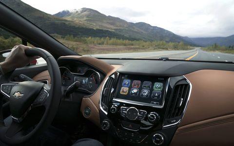 The 2018 Chevy Cruze Diesel hatch is B20 bio-diesel compatible.