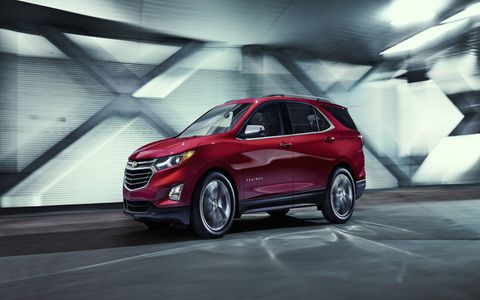 The 2018 Chevrolet Equinox shrinks and adds a diesel engine to the option sheet.