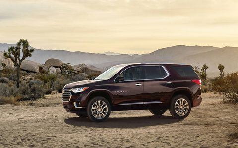 The 2018 Chevrolet Traverse comes with either a 3.6-liter V6 making 305 hp and 260 lb-ft of torque or a 2.0-liter turbocharged I4 making 255 hp and 295 lb-ft of twist.