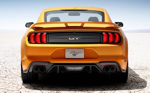 Drag Strip mode is primarily controlled by the transmission and delivers a significant acceleration boost, eliminating the lost time usually associated with automatic shifting, says Ford.