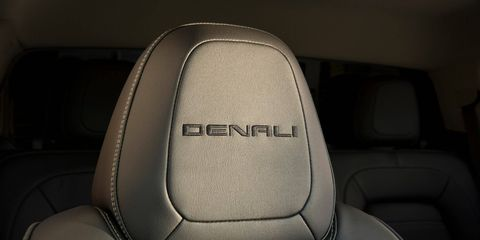 This 2018 GMC Caynon Denali has 2.8-liter diesel and is capable of towing 7,600 pounds.