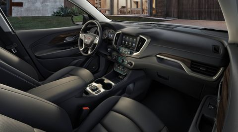 The 2018 GMC Acadia Denali features an updated version of GM's IntelliLink infotainment system, which is now faster and better-looking, with new graphics and touchscreen controls
