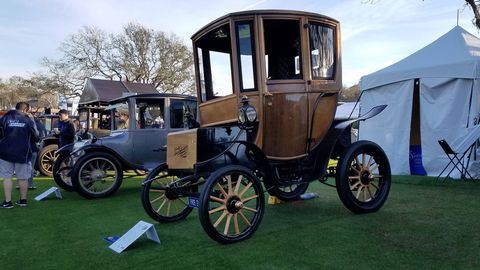 An almost cartoonish 1905 Woods Electric Style 214A Queen Victoria Brougham.