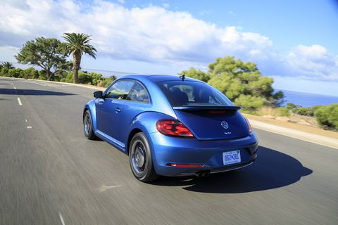 The 2018 Volkswagen Beetle comes with a 2.0-liter turbocharged I4 making 174 hp and 184 lb-ft.