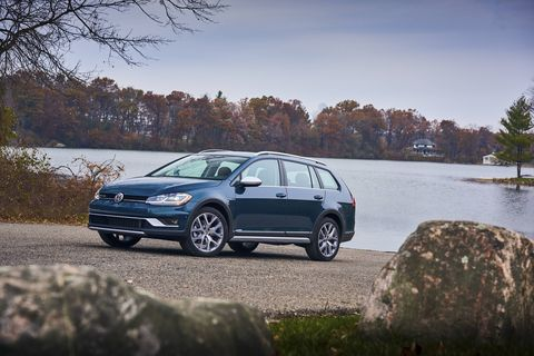 The 2018 Volkswagen Golf Alltrack comes with a turbocharged four making 170 hp.